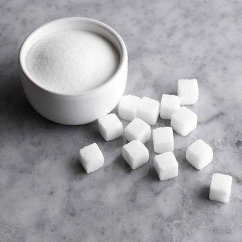 Чим шкідливий цукор і замінник цукру