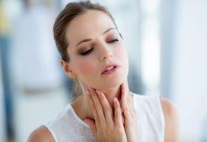 Як лікувати ангіну будинку - найкращі та ефективні рекомендації