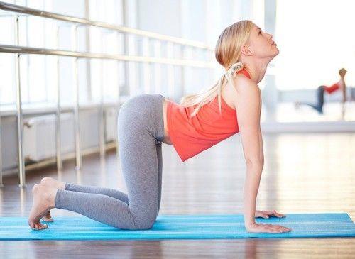 Нескладні вправи для спини в домашніх умовах