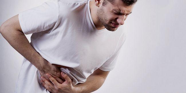 Що робити і як зняти напад панкреатиту?