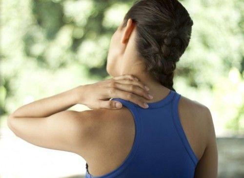 Можливі причини хрускоту в шийних хребцях